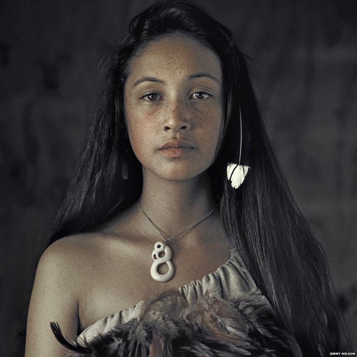 Maori woman by Photographer Jimmy Nelson