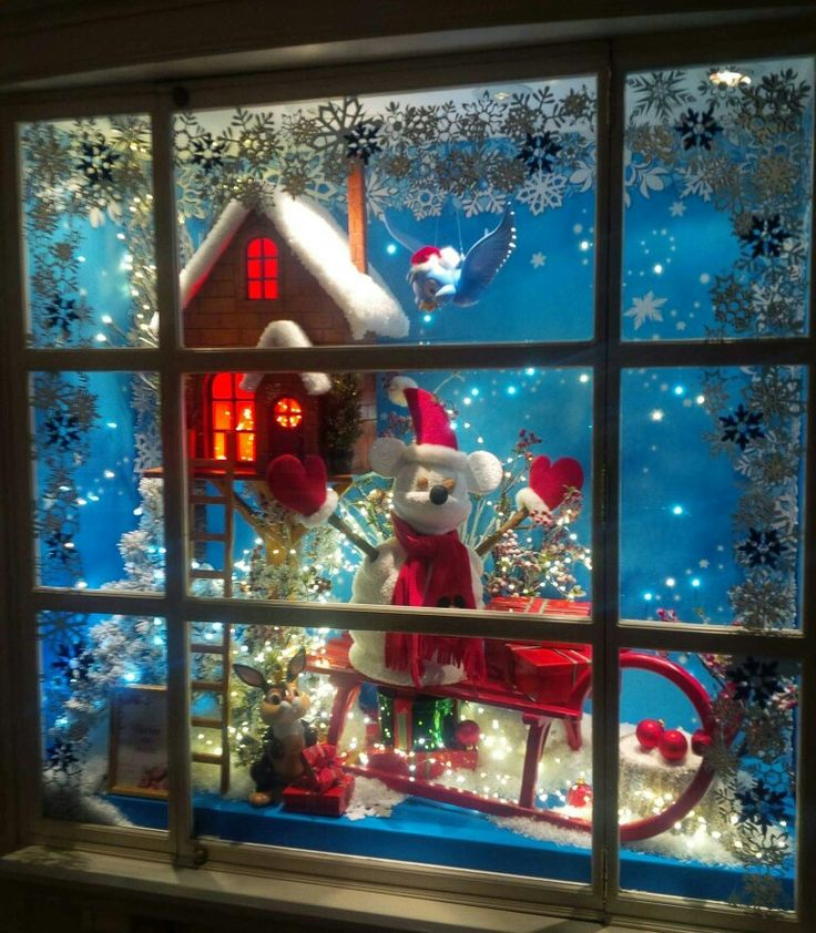 Christmas Decorations For Disneyland: 17 Best Images About Disneyland (s) Shop Windows On