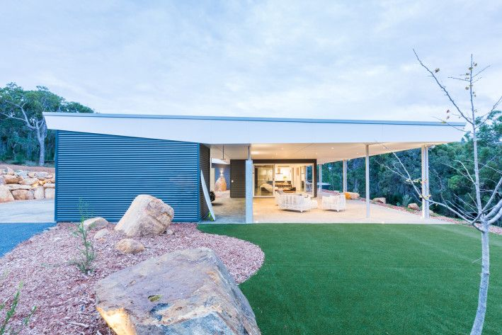 mishack is simplifying the delivery of design-led architecture via a thrifty system of smart modular zones to design Mid-Century & Modernist inspired homes.