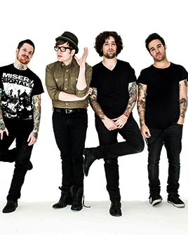 GUYS I KID YOU NOT I WENT TO A FALL OUT BOY CONCERT LAST NIGHT.