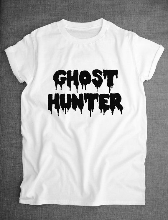 Ghost Hunter Spooky Halloween Pastel Goth T-Shirt