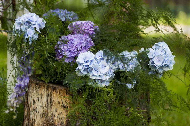 Enchanted garden wedding ceremony decor by artsize.pl