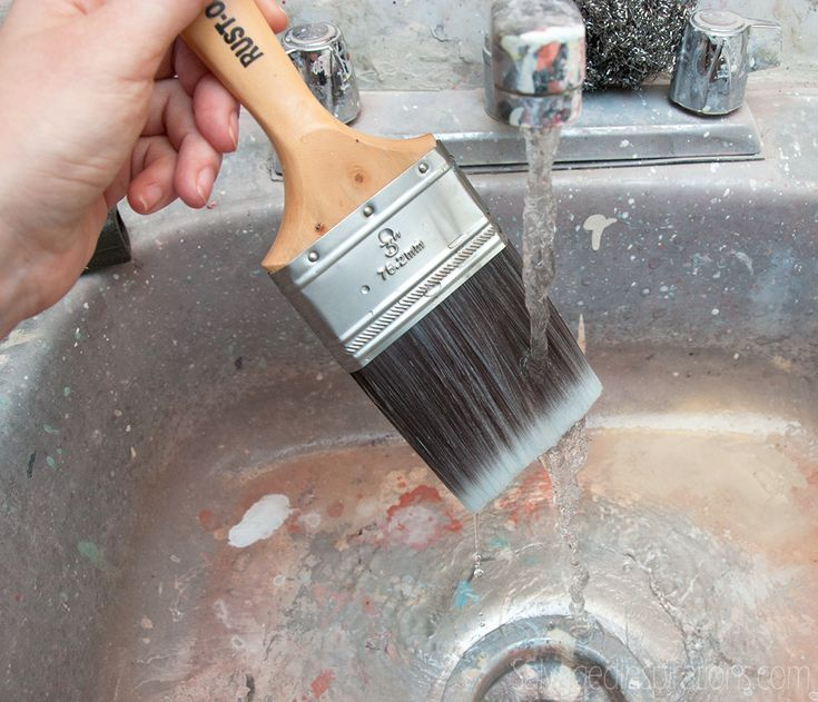 Salvaged Inspirations | Quick-Tip-Tuesday Series | Paint-Brush-Cleaning-Made-Easy