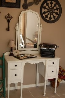need a vanity!: Vintage Vanities, White Vanities, Creative Ideas, Dressers Refurbished, Antique Dressers, Vintage Wardrobe, Vintage Typewriters, Desks, Antiques Dressers