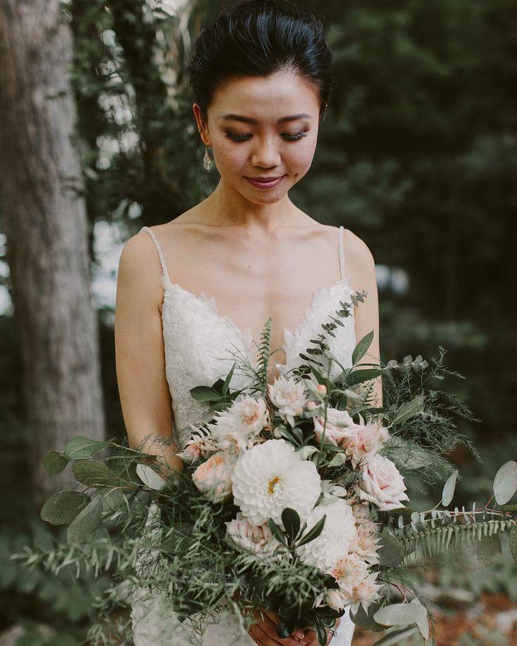 Wedding Wild Flower Arrangement  | Brandon Scott Photography