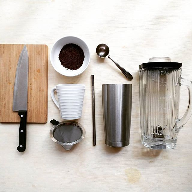 Zero waste & plastic free breakfast tools & gadgets    Prep Tools: from left to right    1) Bamboo Cutting Board    2) Chef's Knife    3) Ground Coffee - purchased package free from bulk bins    4) Ceramic Coffee Mug    5) 2-Layer Metal Mesh Coffee Filter - (Replacement for disposable paper filters)    6) Coffee Measuring Scoop    7) Stainless Steel Drinking Straw    8) Stainless Steel Insulated Cup    9) Glass Blender on Stainless Steel Base - Waring Food & Beverage Blender