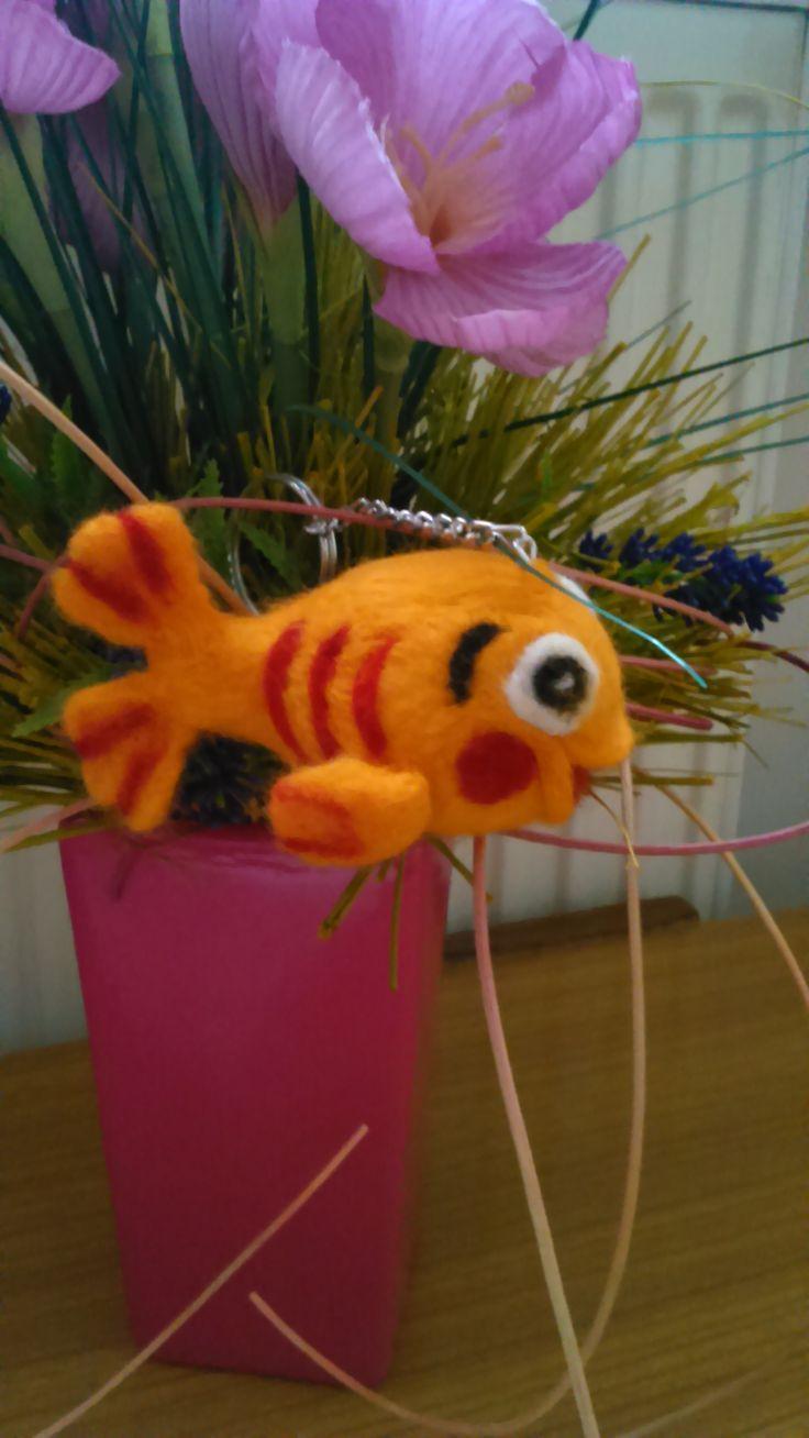 Mini Mini canal fish - key ring. Needle felting by Alina Wodzińska