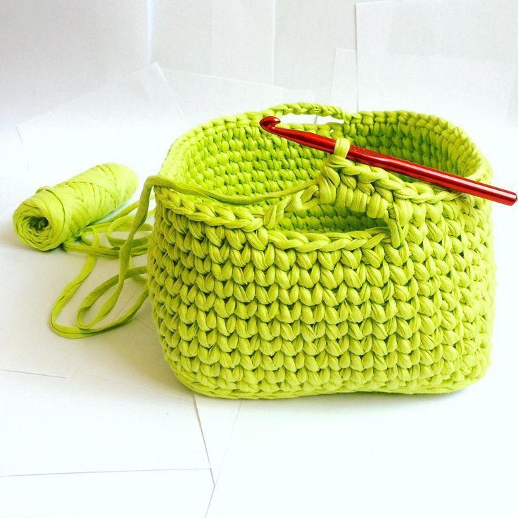 "79 Likes, 5 Comments - @redberry_mm on Instagram: ""Шаг 4, Step 4. #crochet #crochetlove #crocheting #marinamusiyenko #handmade #familylife #stile…"""