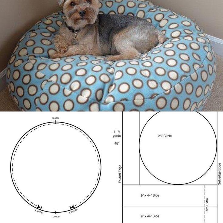 Inspiração Almofada para os Pets!  Visite também nosso blog www.artecomquiane.com e compartilhe com uma amiga especial!