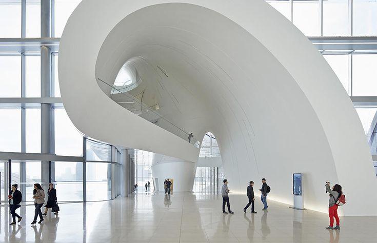 Мир Захи Хадид: Самые известные здания легендарного архитектора: фотогалерея — Meduza