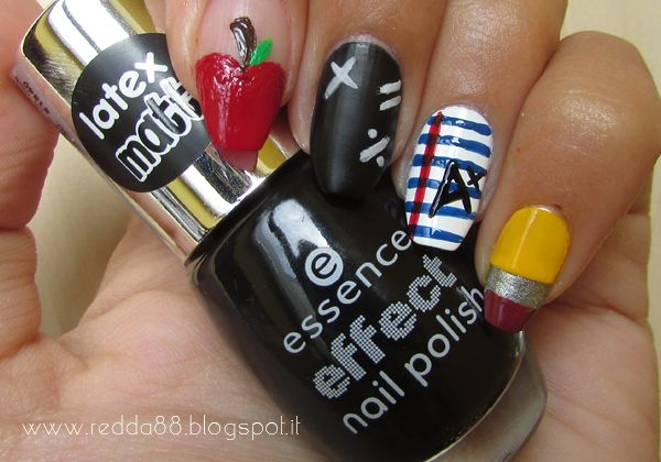 This is me » Nail polish blog ~ A year with nail art #9 | Settembre