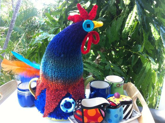 Blue Rooster Tea cosy for 4 to 6 cup tea pot. by TheCosyCoopNT