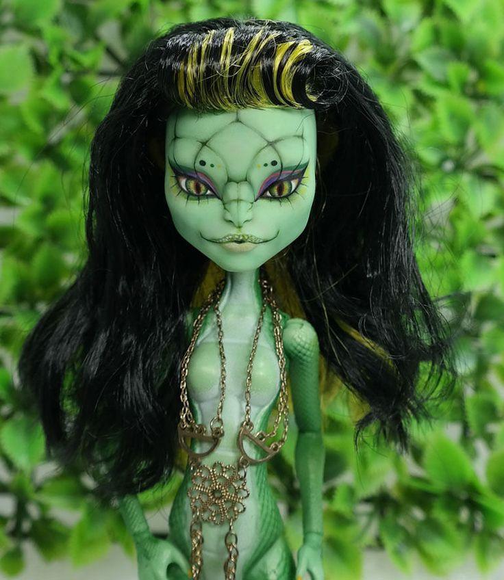 Euryale 11 Quot 1 6 Ooak Custom Monster High Cam Gorgon