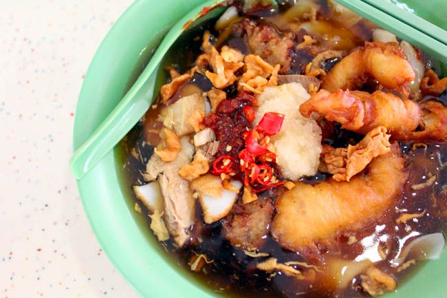 10 Favourite Stalls from Tiong Bahru Food Centre – From Chwee Kueh, Noodles to Kopi