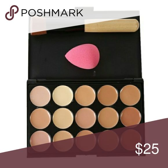 💋💖Awesome makeup contour kit brand new in it's package with brush and contour sponge great quality Makeup Foundation