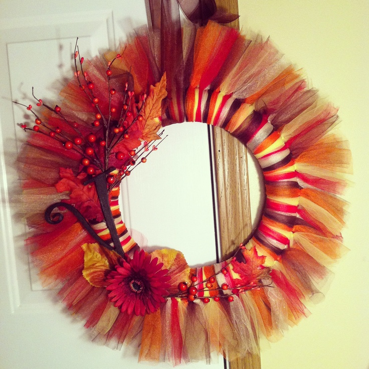 Tulle wreath for fall!