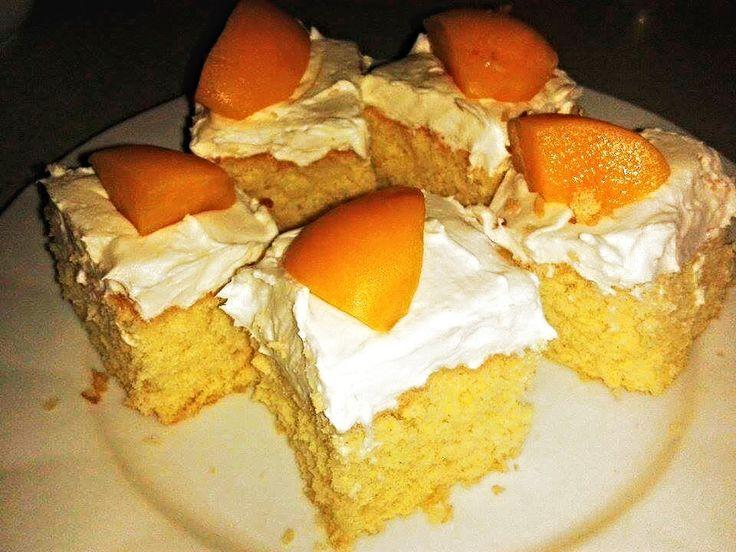 Recept na piškotové těsto na plech a piškotové těsto na dort. Piškotové těsto je základem k výrobě bublanin, dortů, rolád,