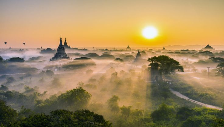 Bagan Sunrise by Zay Yar Lin on 500px