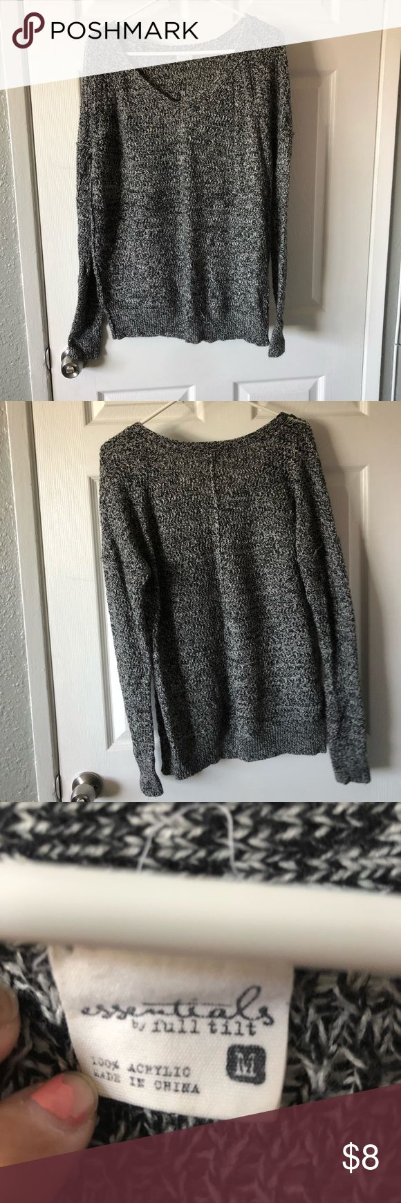 Boyfriend sweater Gray boyfriend sweater Cute with leggings and boots Super comfortable Sweaters