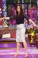 Kareena Kapoor HD Pics in Silver skirt, Black Top on CNWK - Kareena Kapoor Stills At Singham Returns Promotions On Comedy Nights With Kapil , #kareenakapoor #comedynightswithkapil #cnwk #bollybreak #bollywood #india #indian #mumbai #fashion #style #bollywoodfashion #bollywoodmakeup #bollywoodstyle #bollywoodactress #bollywoodhair