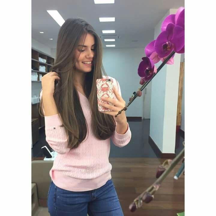 Cabelão da atriz Camila Queiroz... lindooo!!   ✌