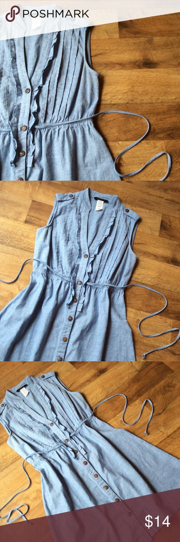 Lightweight. Denim. Vintage. Dress Was going to wait till Spring to list this sweet little denim dress...but decided it could be Wintered up with tights and a chunky sweater. So, here it is. Truly vintage. Very nice condition. Cotton. Size 5/6 Vintage Dresses Mini