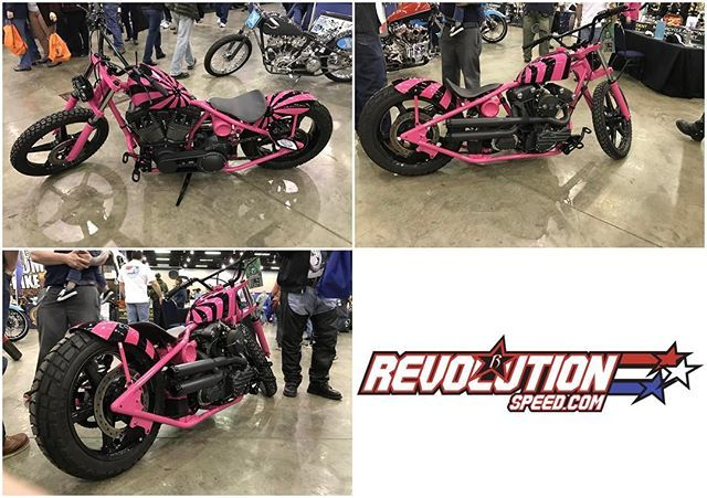 A nice custom @revolution_speed bobber that was on display at their booth during the #greatamericanmotorcycleshow at Cobb Galleria.  These are local folks in Marietta GA and they also offroad‼️👍🏼👊🏼 #revolutionspeed #bobber #custombuilt #custombobber #custombike #pinknblack #pinkstrong