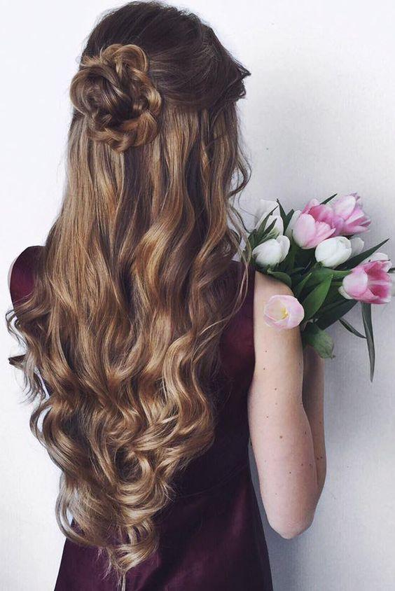 Long Half Up Half Down Wedding Hairstyle - Deer Pearl Flowers / http://www.deerpearlflowers.com/wedding-hairstyle-inspiration/long-half-up-half-down-wedding-hairstyle/