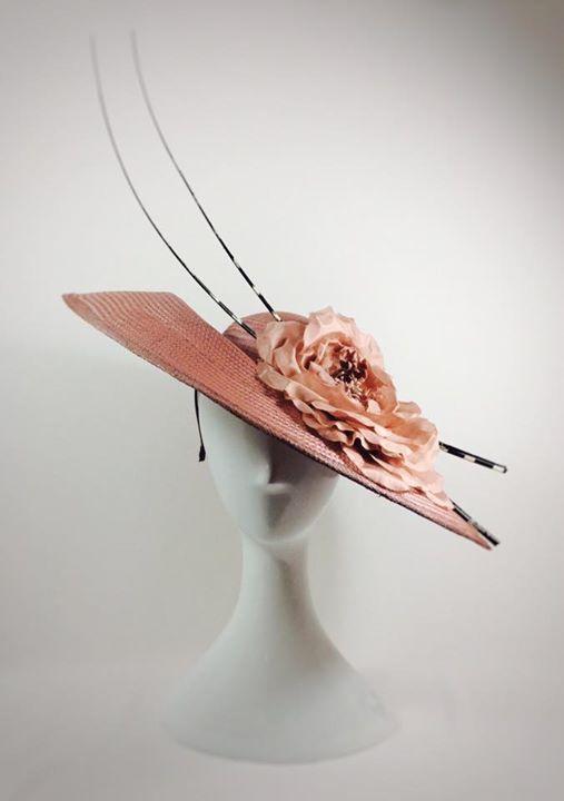 Pamela rosa nude con raquis rayado