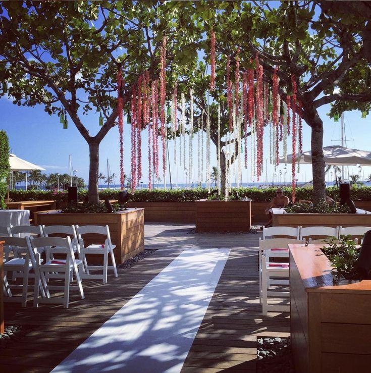 Waikiki Beach Wedding Ceremony: Pin By Jennifer Taylor On Wedding Belle's