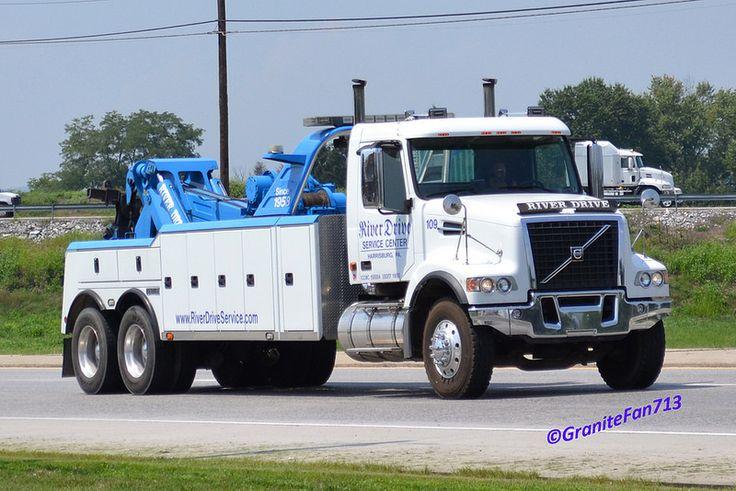Volvo Vhd Tow Truck Www Travisbarlow Com Towing Insurance