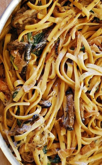 Creamy mushroom pasta with caramelized onions and spinach.jpg