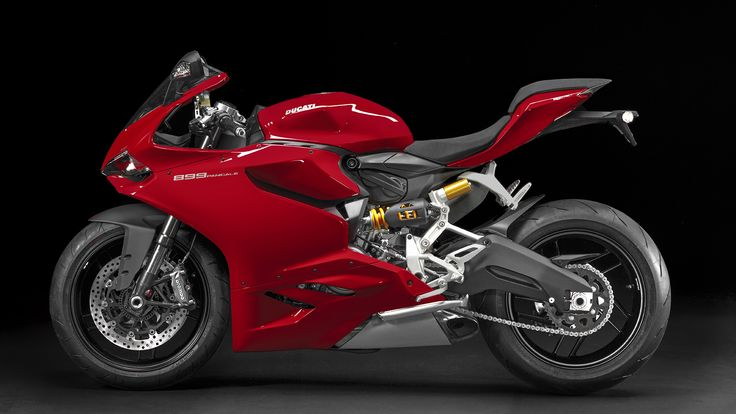 Black-Red-Background-Ducati-899-Panigale