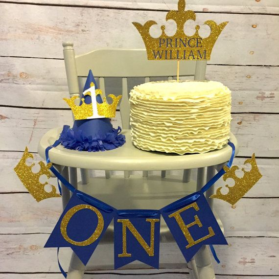 ****Please take a look at the current processing time before placing your order! If you need the item within 2 weeks please contact me PRIOR to placing your order. *****  Please also make sure you write your party date in notes to seller at checkout ! How cute is this for smash cake pictures?!? Royal Prince themed first birthday high chair banner.  Having a different color scheme? No problem ! We can customize to any coloring of your liking! Having a different party theme? No biggie ! We can…