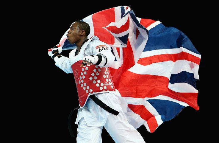 Lutalo Muhammad celebrating his bronze medal at London 2012
