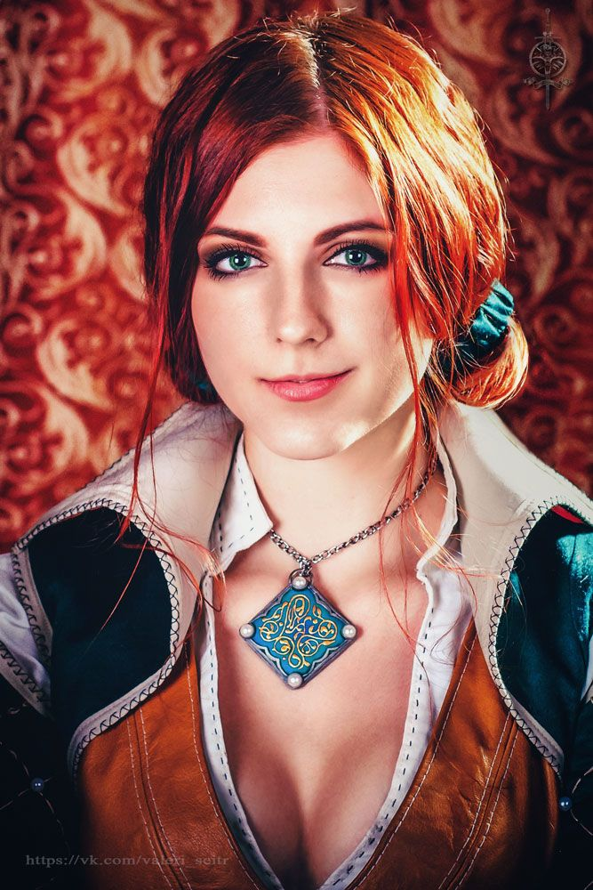 Character: Triss Merigold of Maribor / From: CD Projekt RED's 'The Witcher' Video Game Series / Cosplayer: Valeri Seitr (aka VirdaSeitr)