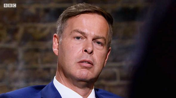 Dragons' Den's Peter Jones CLASHES with investment hopeful 'Let you continue?!' - https://buzznews.co.uk/dragons-dens-peter-jones-clashes-with-investment-hopeful-let-you-continue -