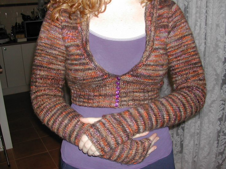 Knitted Crop Sweater with 3/4 Sleeve and Extra Long Mitt Set