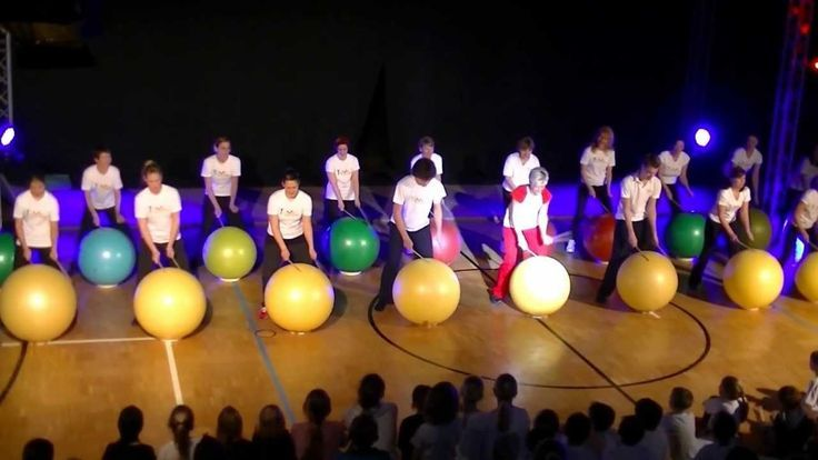 Drums Alive: Bach Can Can I would do this with buckets! And it's great for gym/ music combo days!