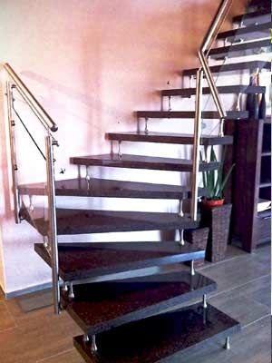 Granit Treppen freitragende Bolzentreppe Granit Nero Impala