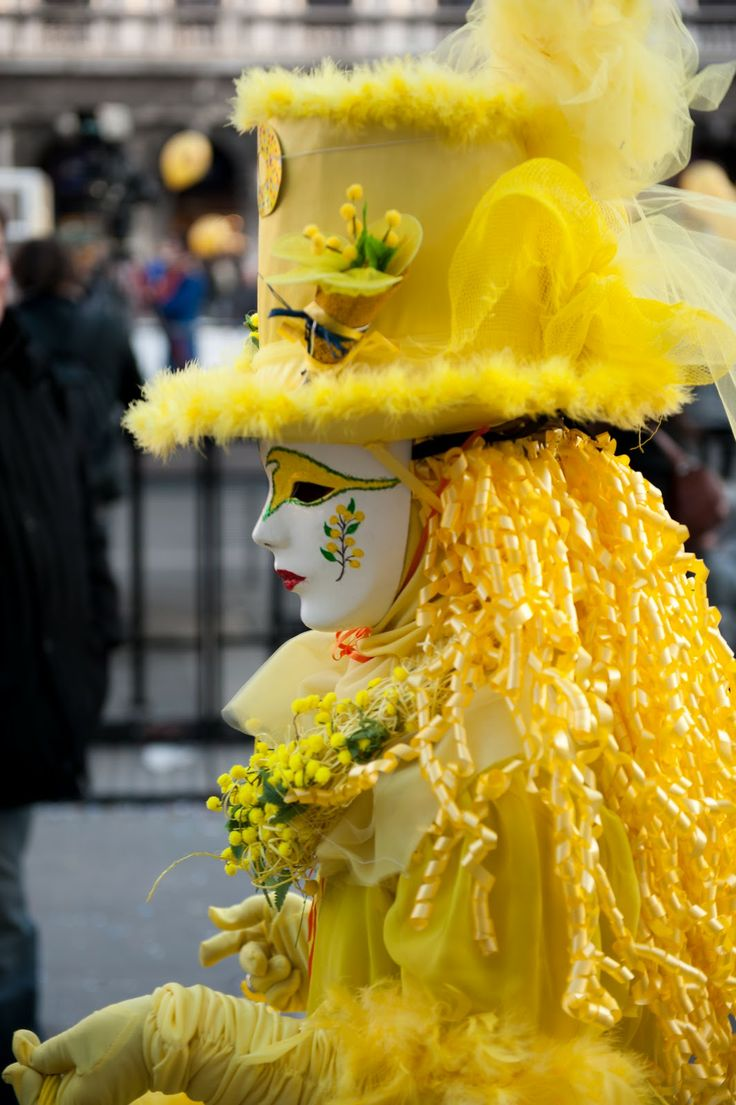 Carnival of Venice mask and costume in yellow