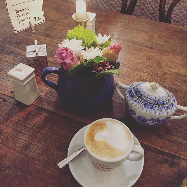1900 Cafe Bistro - A cute little cafe in Berlin Charlottenburg