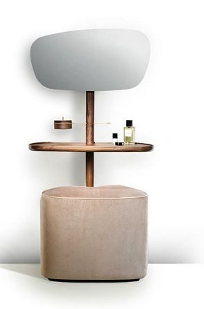 Les 25 meilleures id es concernant coiffeuse avec miroir for Entreposage de meuble