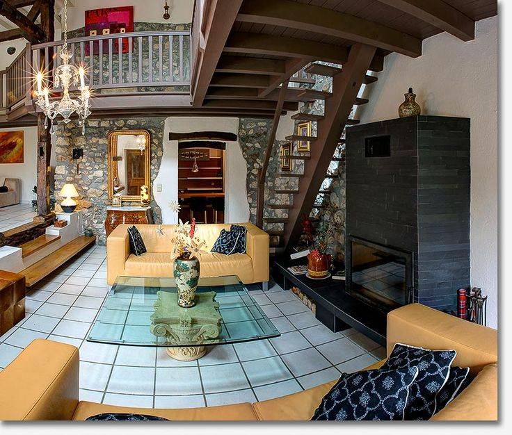 Farmhouse in Thoiry (F) **** | 0 CHF  Renovated farmhouse from 18th century, spacious furnished appartment of 250m2 for rent, with crafted stones and 300 years old wooden beams + all the modern comfort such as floor heating, modern kitche