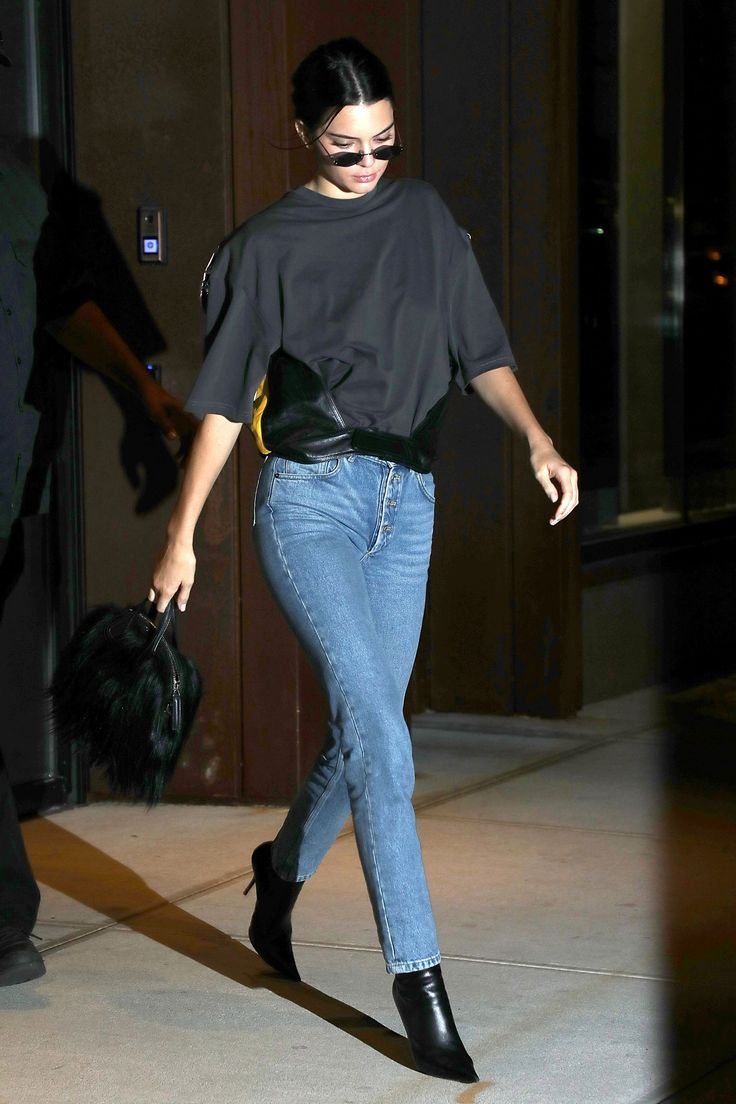 Kendall Jenner Is Covered in Fringe and She Totally Rocks ...