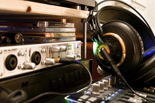 Perfil: Escuchar, descubrir y analizar nueva música.