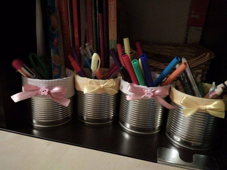 Tincan sewed inside. Upcycled tins.