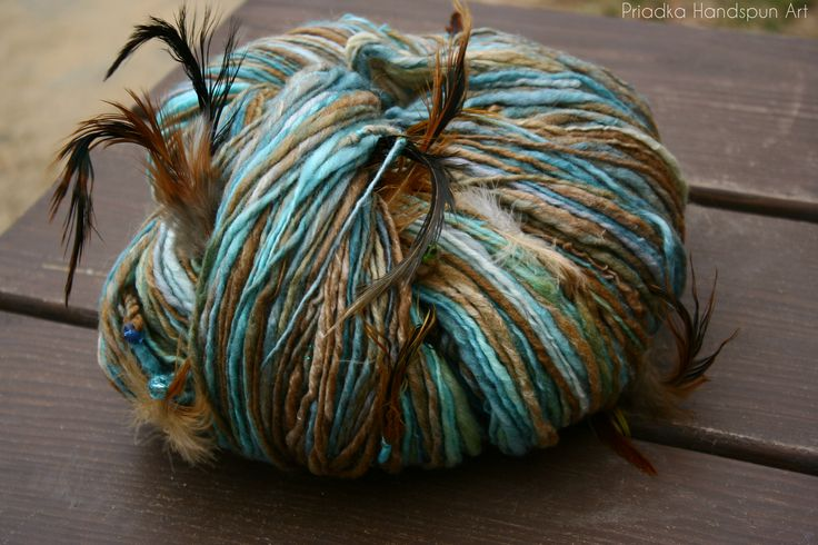 Ručne pradená a farbená vlna | HUMMINGBIRD Ručne pradená merino vlna | Priadka Handspun Art ručne farbené a pradené priadze, pletené, háčkované a plstené výrobky z vlny a iných prírodných materiálov