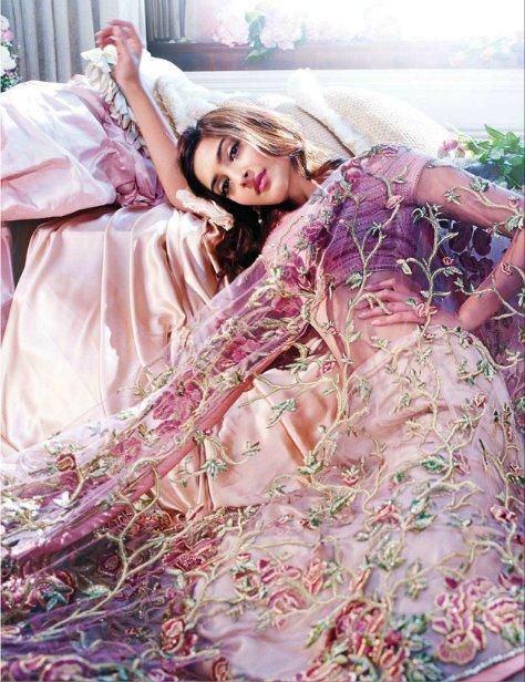 Very pretty piece by Shehla Khan. Love the sweet colors, and the floral embroidery of the dupatta. Beautiful shot.