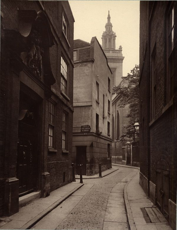 The Ghosts Of Old London